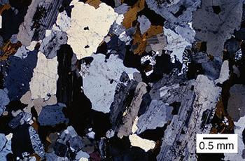developing criteria to distinguish rocks